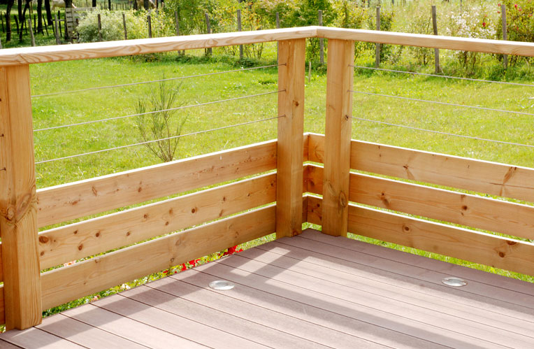 Barriere terrasse bois for Barriere en bois exterieur